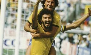 Sócrates e Zico na Copa de 1982
