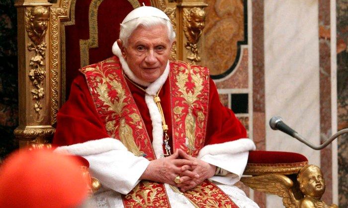 El Papa dice que el matrimonio gay amenaza la humanidad